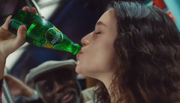 Perrier Mona Lisa Advert Girl