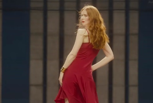 Amazon Prime Wardrobe Commercial - Girl in red dress