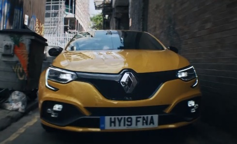 Yellow Renault x Sky Sports Advert
