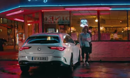 Mercedes-Benz CLA Shooting Brake Commercial