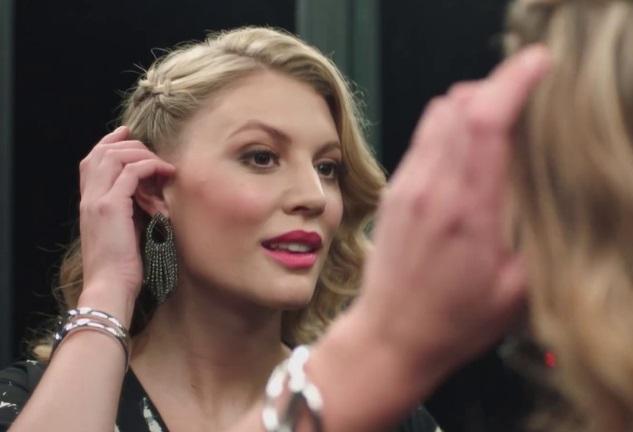 Freemans TV Advert - Blonde Girl