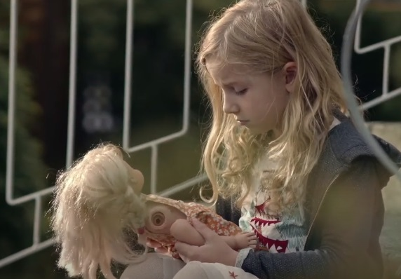 Volkswagen e-up! Commercial - Girl With Blonde Doll
