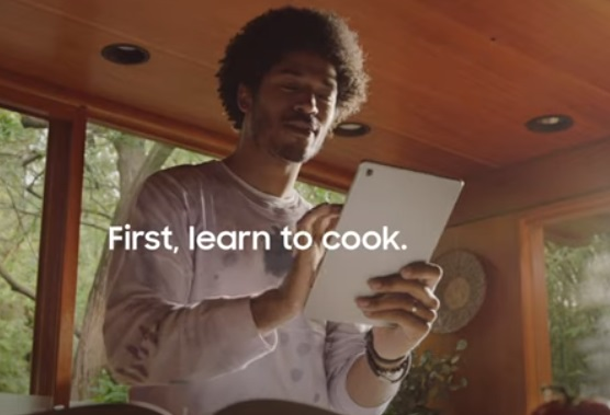 Samsung Galaxy Tab S Commercial - Guy Cooking and Dancing