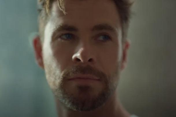 BOSS Bottled Eau de Parfum Chris Hemsworth Commercial