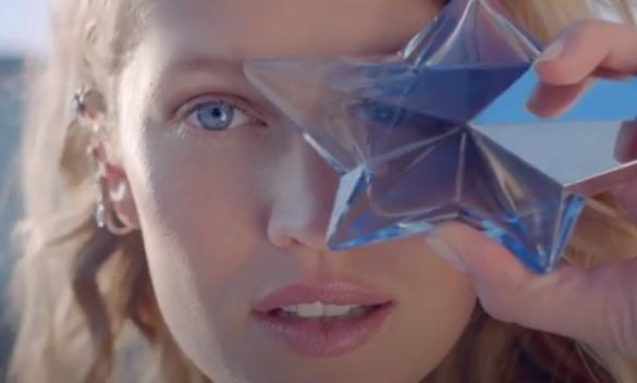 MUGLER Angel Eau de Parfum Commercial Blonde Girl German Model Toni Garrn