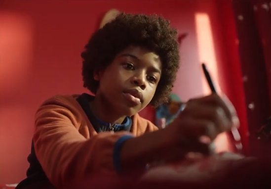 Vodafone UK Christmas Advert - Boy with Curly Hair