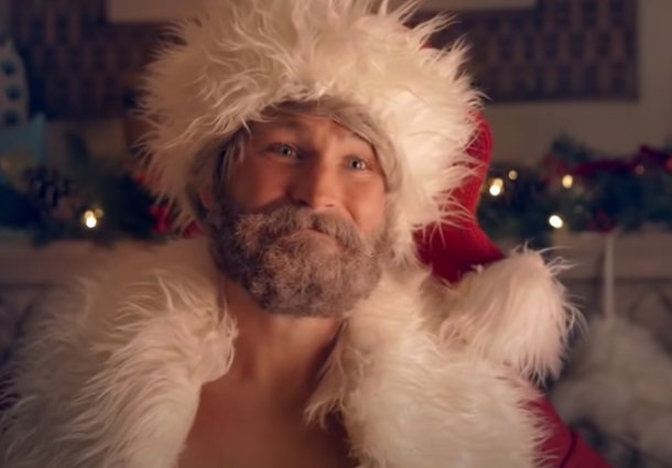 Manscaped Lawnmower 3.0 Santa Commercial