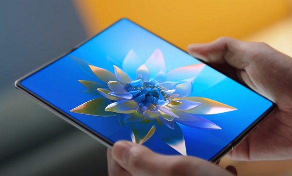 HUAWEI Mate X2 Commercial