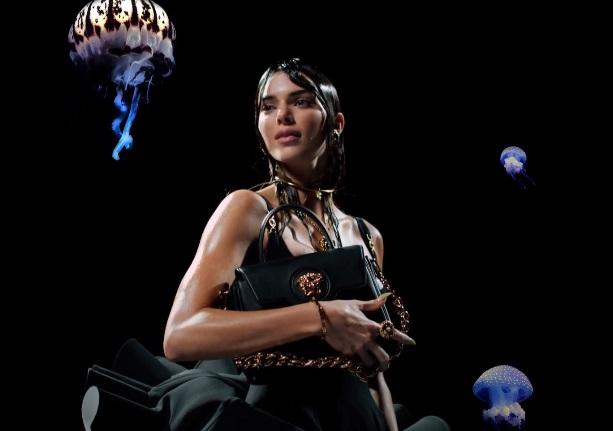 Versace La Medusa Handbags Commercial - Feat. Kendall Jenner