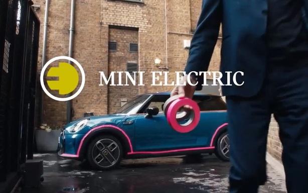MINI Electric SE TV Advert