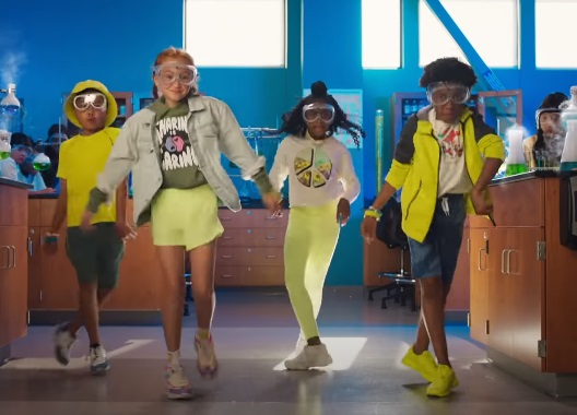 Old Navy Back to School 2021 Commercial - Dancing Kids