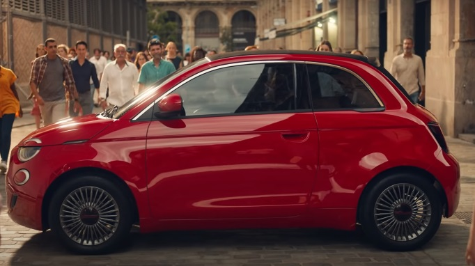 FIAT 500 RED Family Car Made for the Planet Commercial / Advert